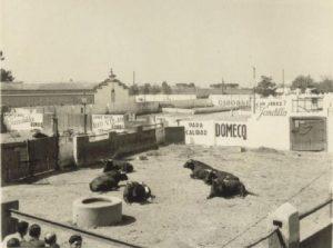 Venta_de_Antequera,_apartado_de_corrida_(Abril_1955).1